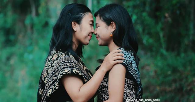 Dua orang Gadis Sabu
