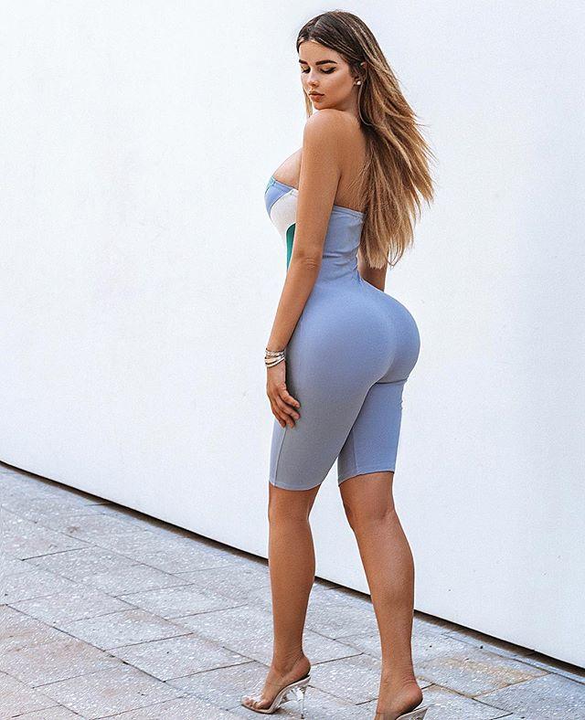 Russian Glamour Hot Model Anastasiya Kvitko Instagram Photos