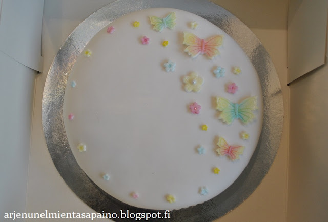 mmf, vaahtokarkkimassa, itse tehty, koristeet