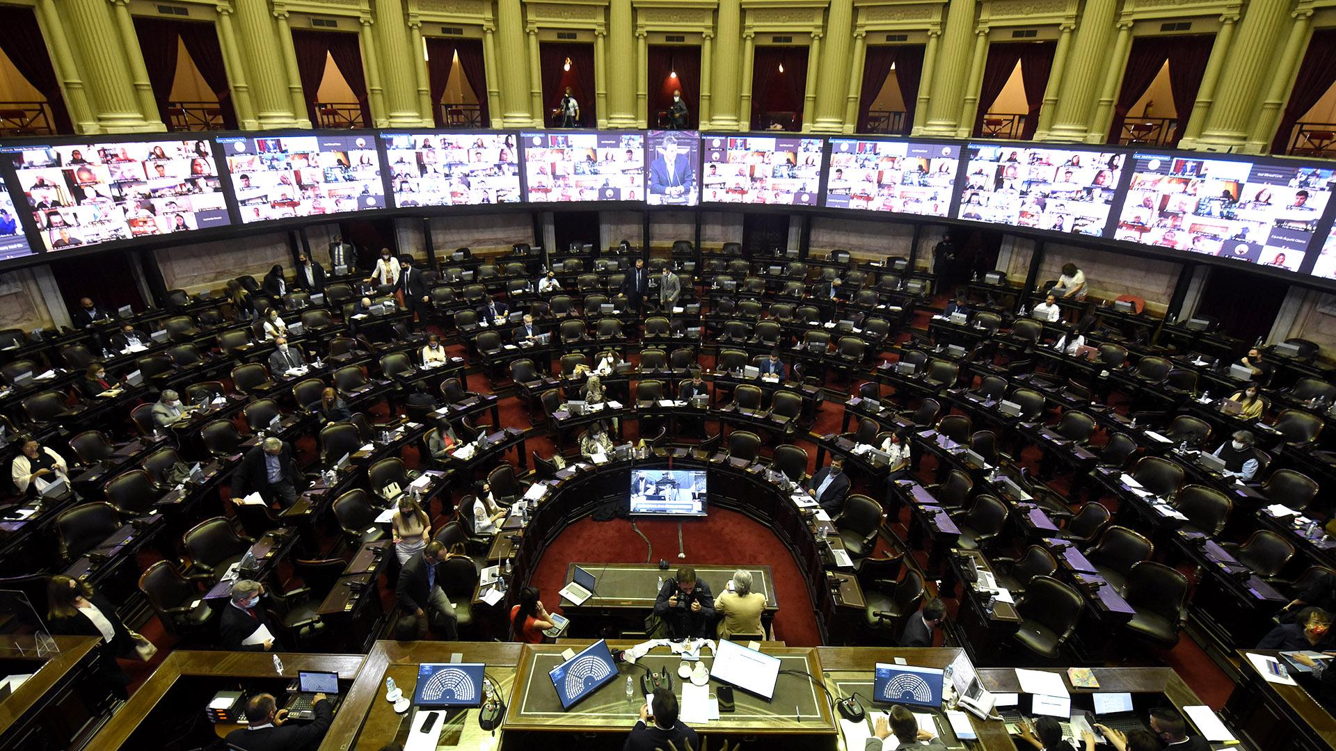Diputados quita de fondos a Ciudad