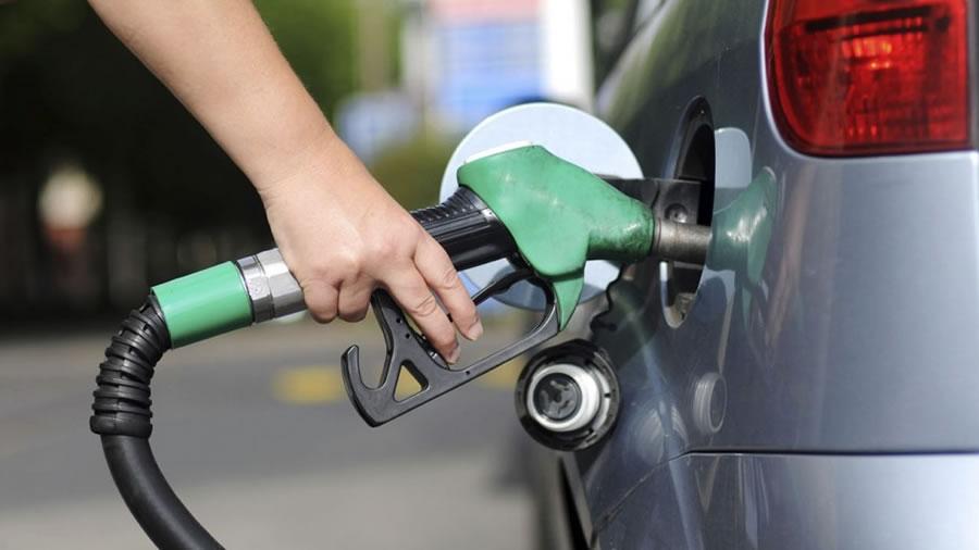 Gasolina aumentou 48% em São Paulo, de acordo com o Índice de Preços Ticket Log