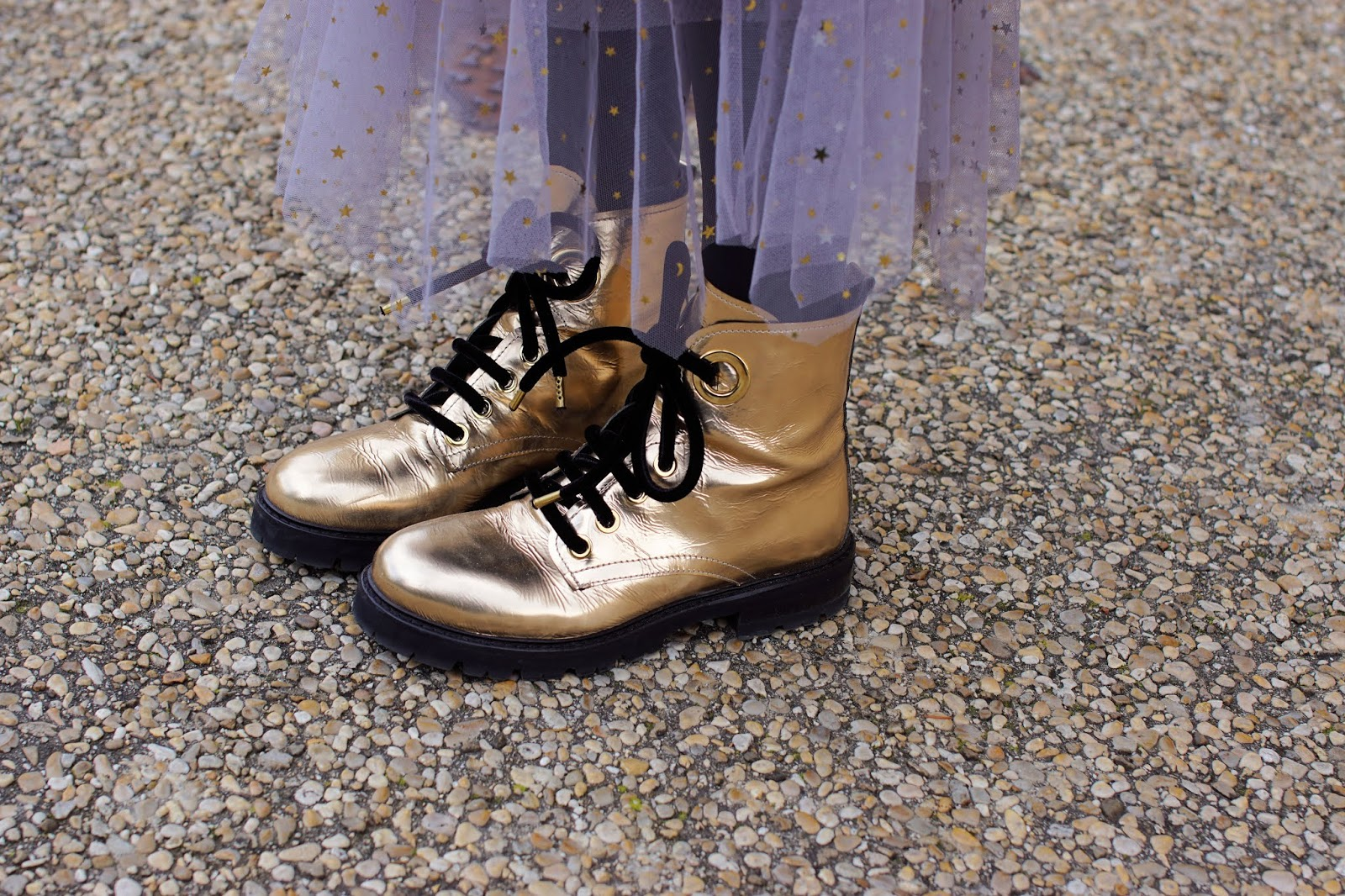 AGL golden combat boots on Fashion and Cookies fashion blogger style