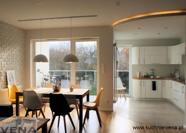 Salon z kuchnią w stylu nowoczesnym