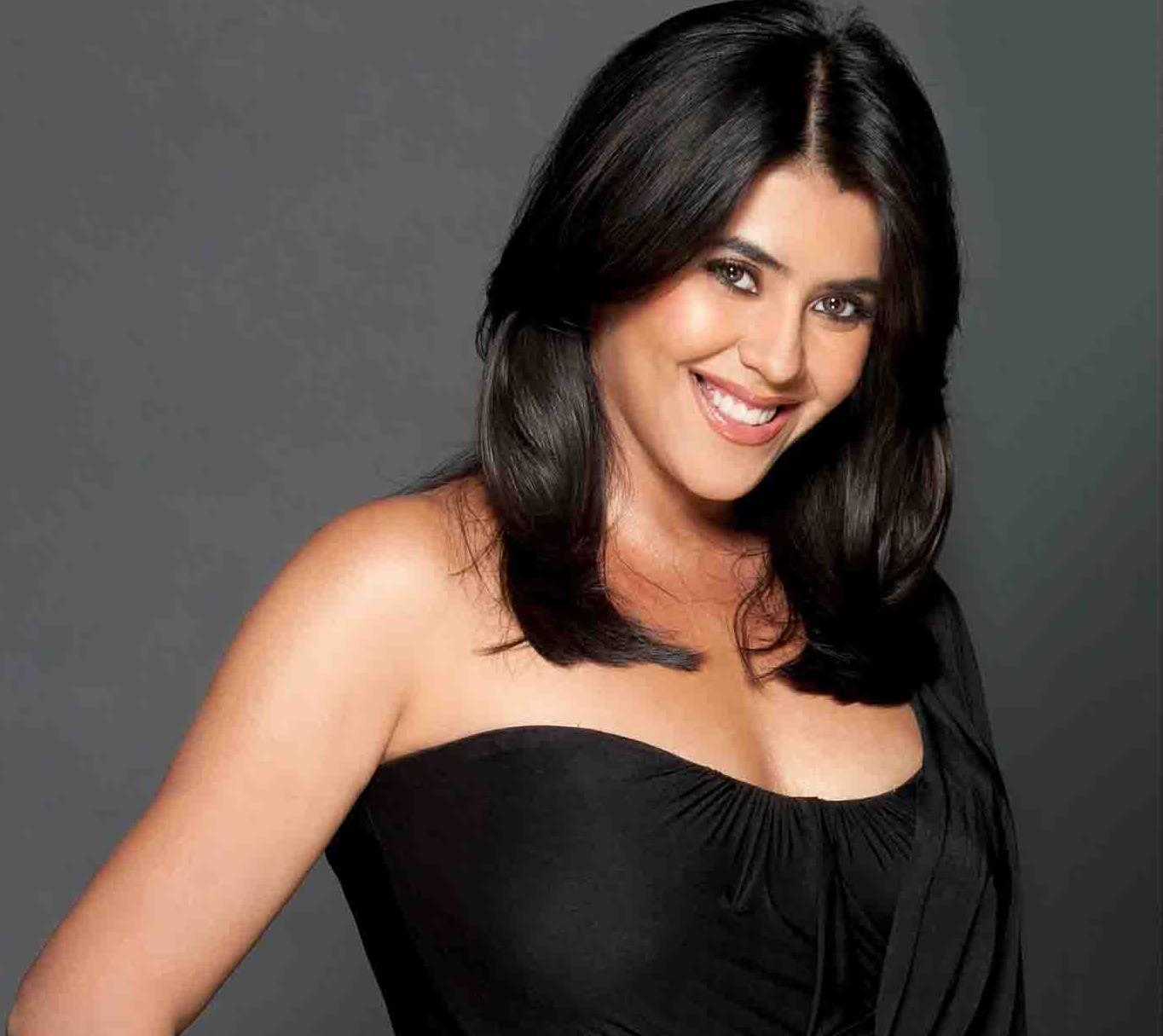 Ekta Kapoor look