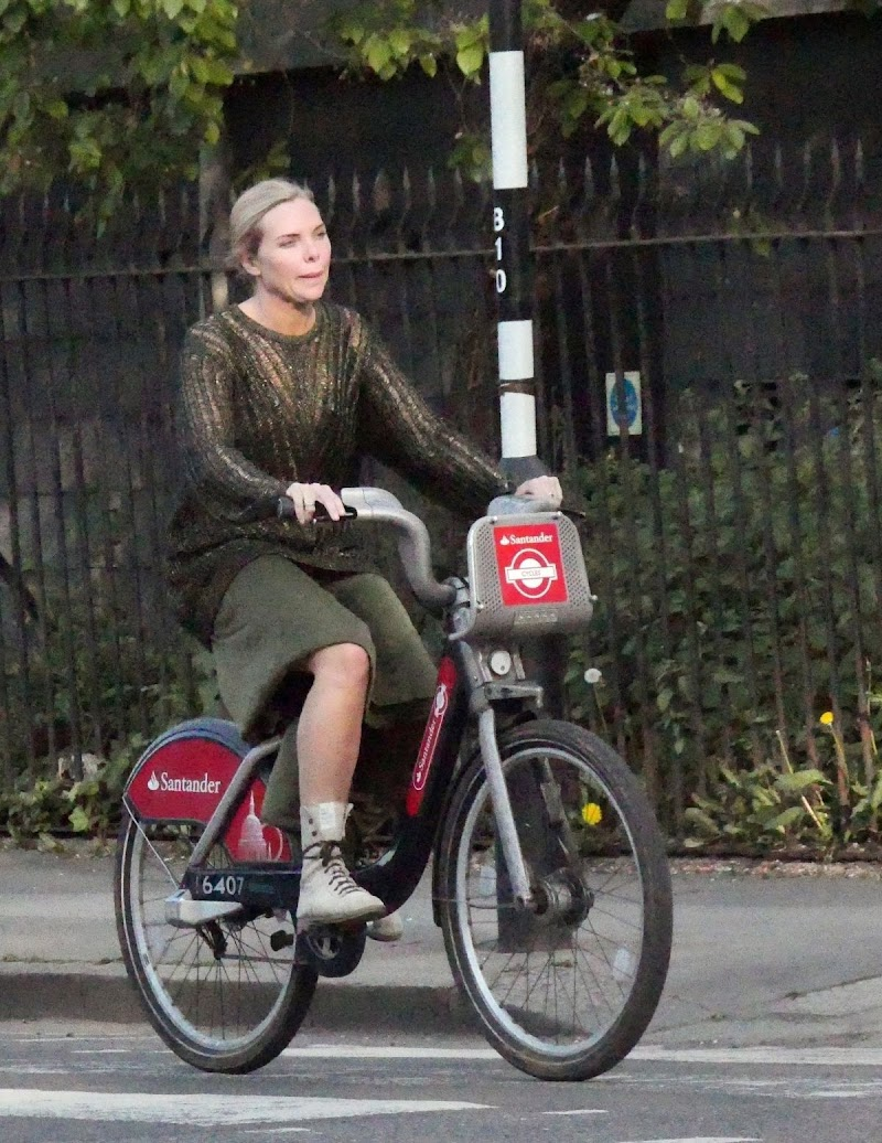 Samantha Womack Clicked  While Riding Bike in London 24 Apr-2020