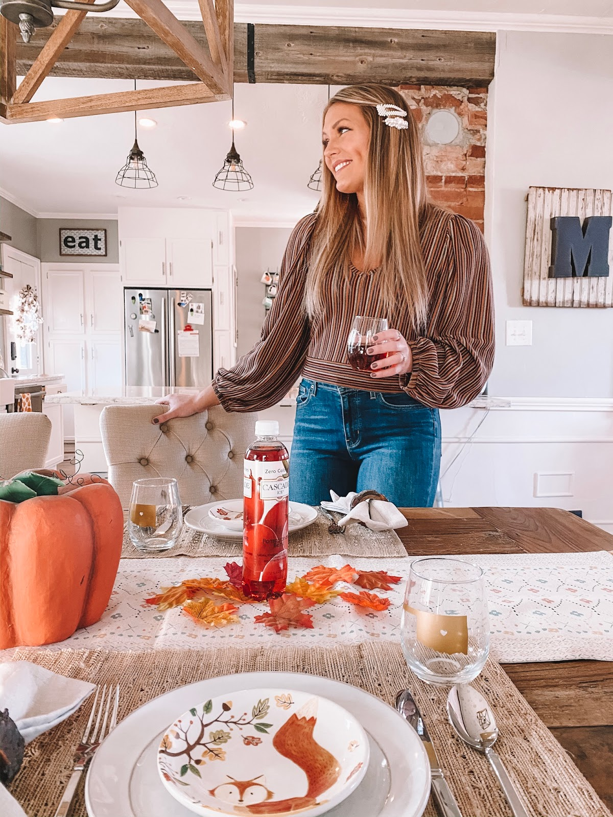 OKC blogger Amanda Martin sets the table for Thanksgiving and includes Cascade Ice Sparkling Water