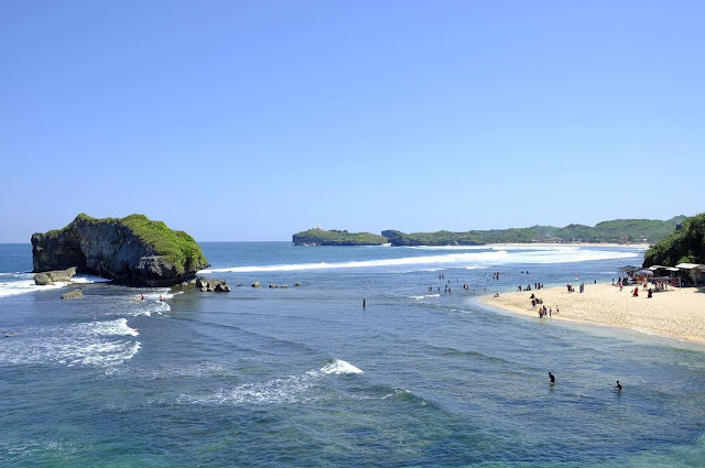 Pantai Sundak Gunung Kidul, Pantai Oase di Jogja