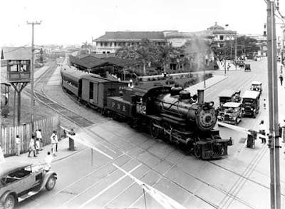 25 de febrero de 1855, inauguración oficial de la primera industria ferrocarrilera transoceánica de Panamá y América.