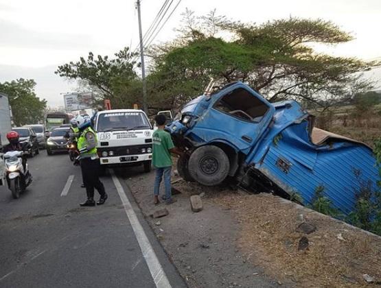 Kecelakaan Lalu Lintas : Gambar hanya ilustrasi