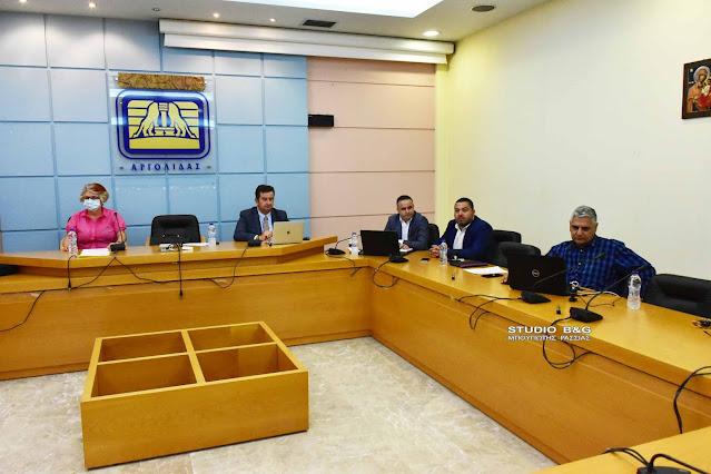 Τηλεδιάσκεψη στην Αργολίδα για την διαχείριση περιστατικών κορωνοϊού σε σχολικές μονάδες