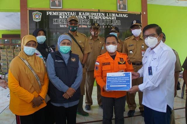 Petrokimia Gresik Serahkan 1.000 Paket Sembako untuk Korban Gempa di Lumajang