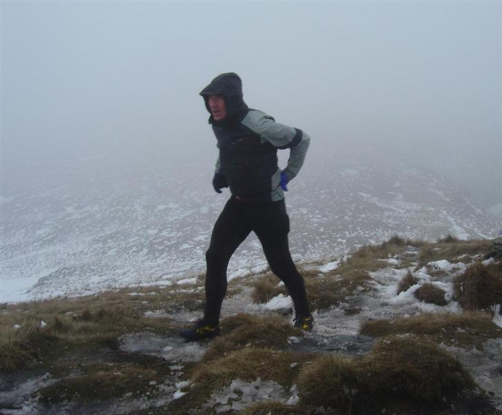 poor conditions on the Edale Skyline