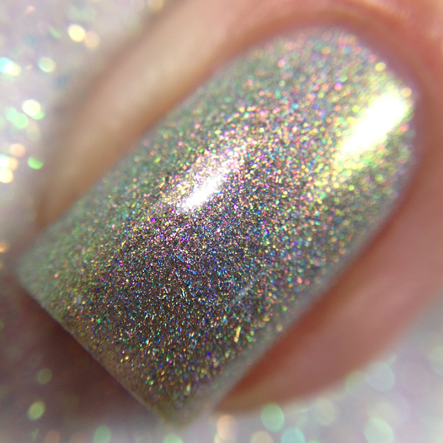 KBShimmer-Mirror Mirror In the Stall
