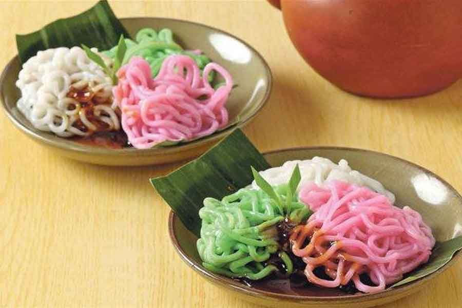 makanan khas betawi jakarta Putu Mayang