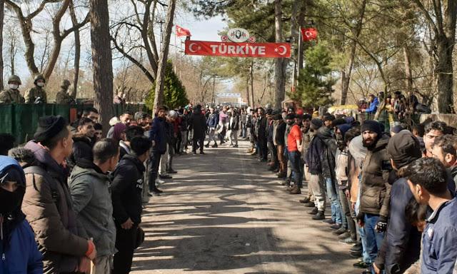 Η Τουρκία έχει μετατραπεί σε επίσημο διακινητή μεταναστών