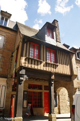 Museo Emmanuel de la Villéon nella città alta di Fougeres