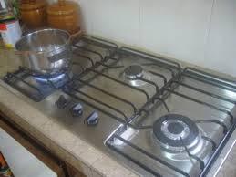 Cara Cuci Dapur Gas Dengan Benar