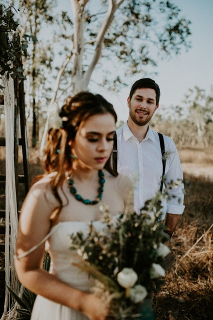 TOWNSVILLE WEDDING CAMILLA FRENCH PHOTOGRAPHY CAKE BRIDAL HAIR GROOM