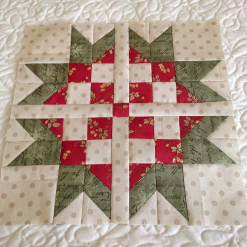 Sweet Scandinavian Star Block - Free Pattern