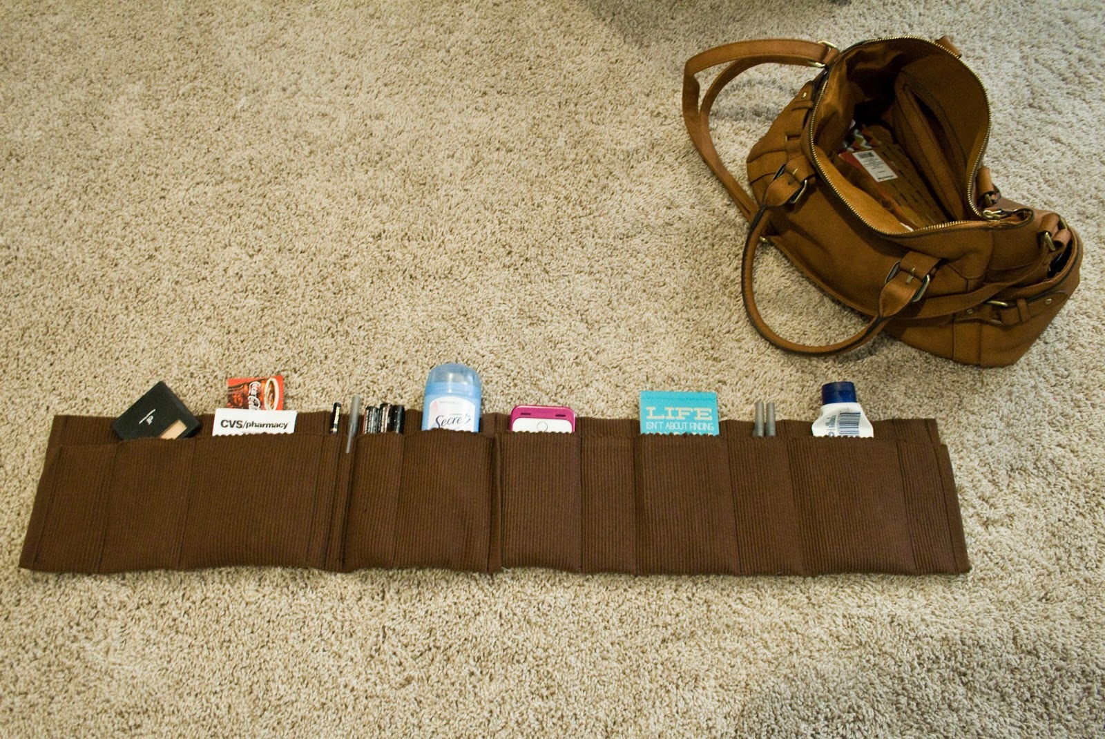 Five Sixths Blog Make It Monday Easy Purse Organizer Diy From Placemats
