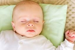 Tips Cara Memilih Bantal Bayi Yang Aman  Nyaman