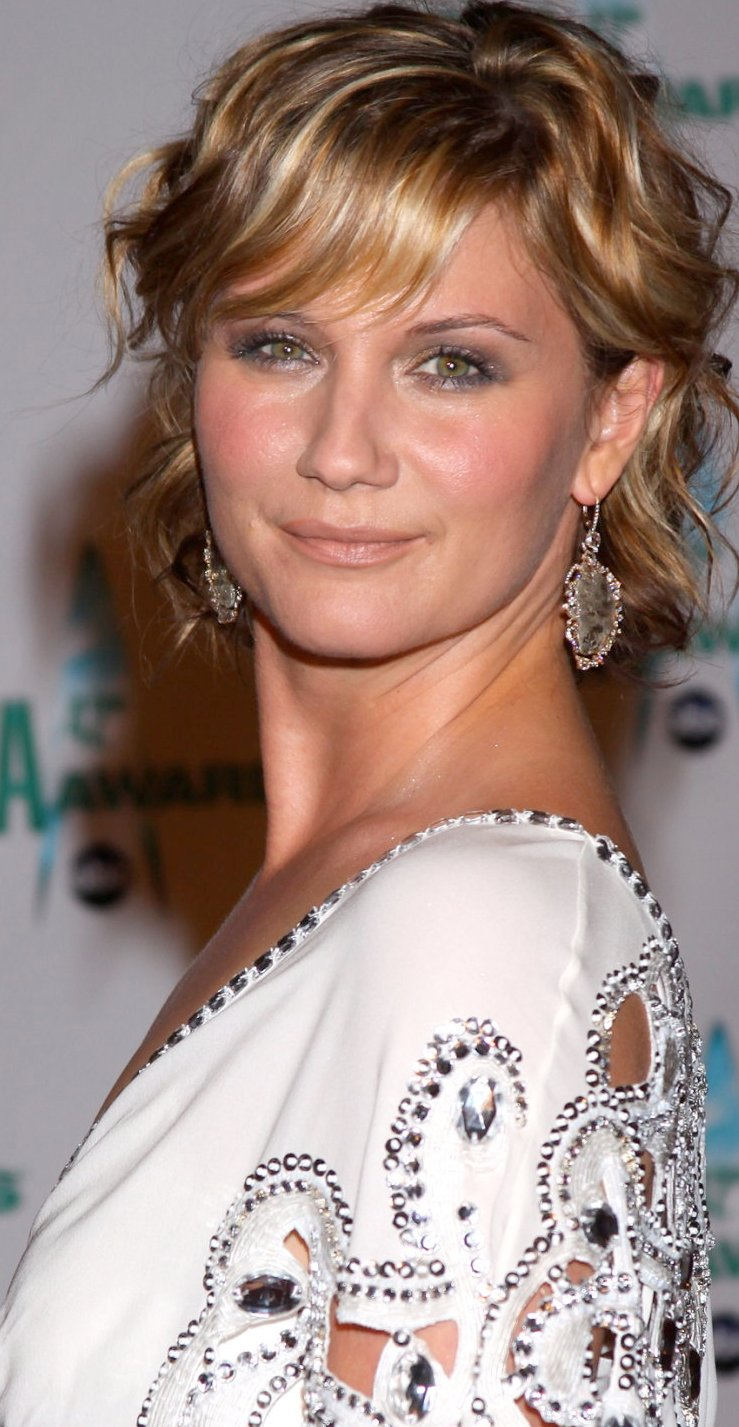 jennifer nettles pics boobs