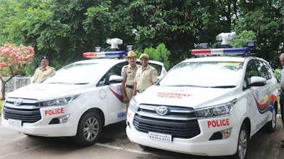 Toyota Innova police car