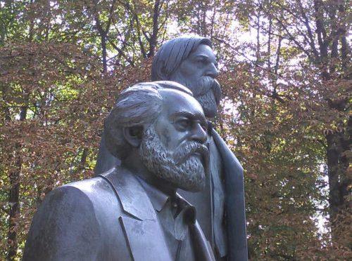 Discurso ante la tumba de Marx por F. Engels