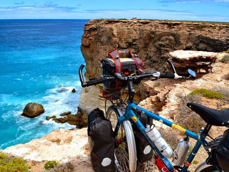 The Bunda Cliffs on the Nullarbor coast had some of the most beautiful scenery I have seen in my life. It was windy, but still the perfect place to take a break. - This Guy Sold Everything He Owned To Bike Through 70 Countries In 5 Years
