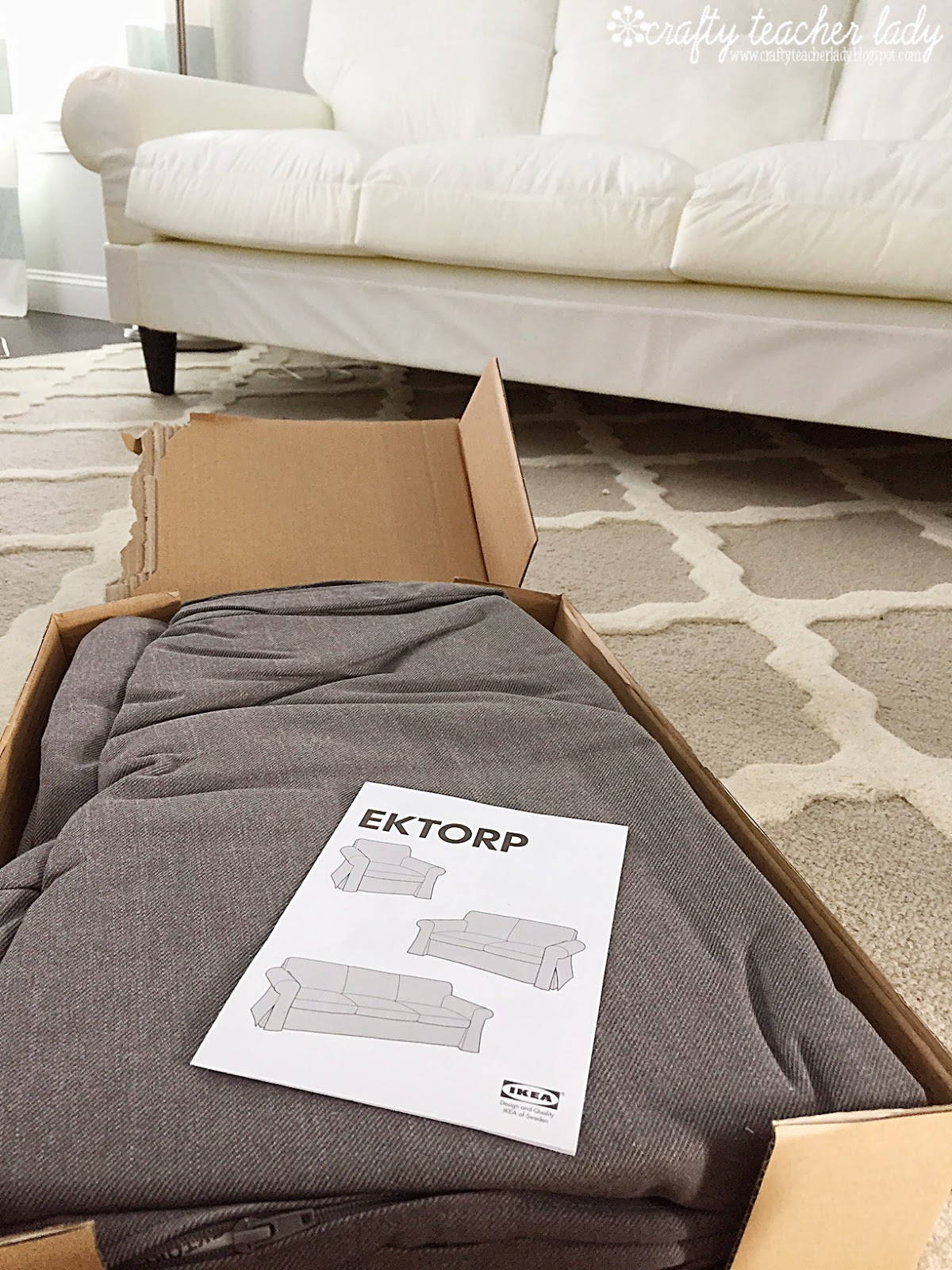 karlstad sofa blekinge white entertainment clg wiki ikea slipcover couch ektorp loveseat before with