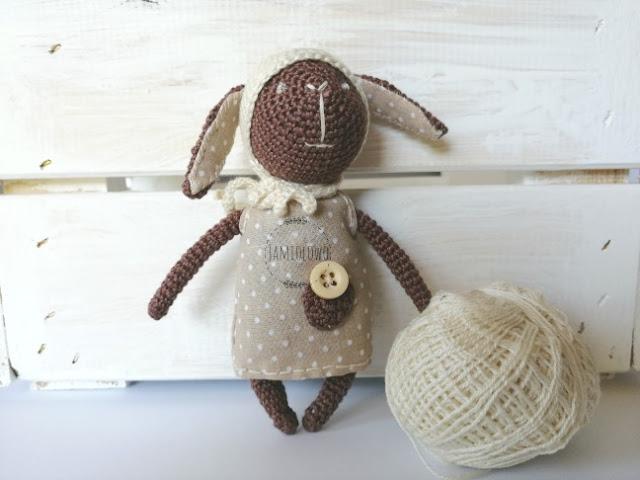 amigurumi -czarna owca