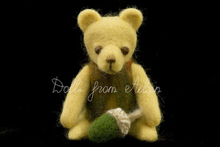 OOAK needle felted teddy bear with acorn