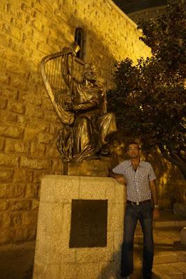 הפסל ליד קבר דוד - הר ציון