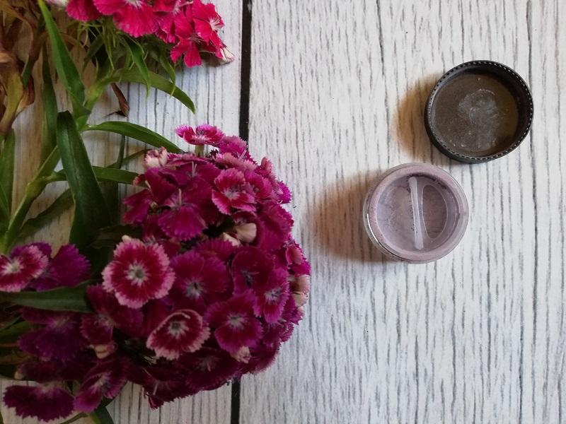 Lily Lolo mineralny cień do powiek Parma Violet