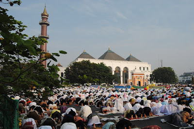 pemersatu kaum muslimin