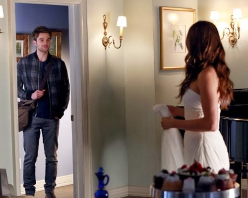 Pretty-Little-Liars-S04E23-Unbridled-Review-Crítica
