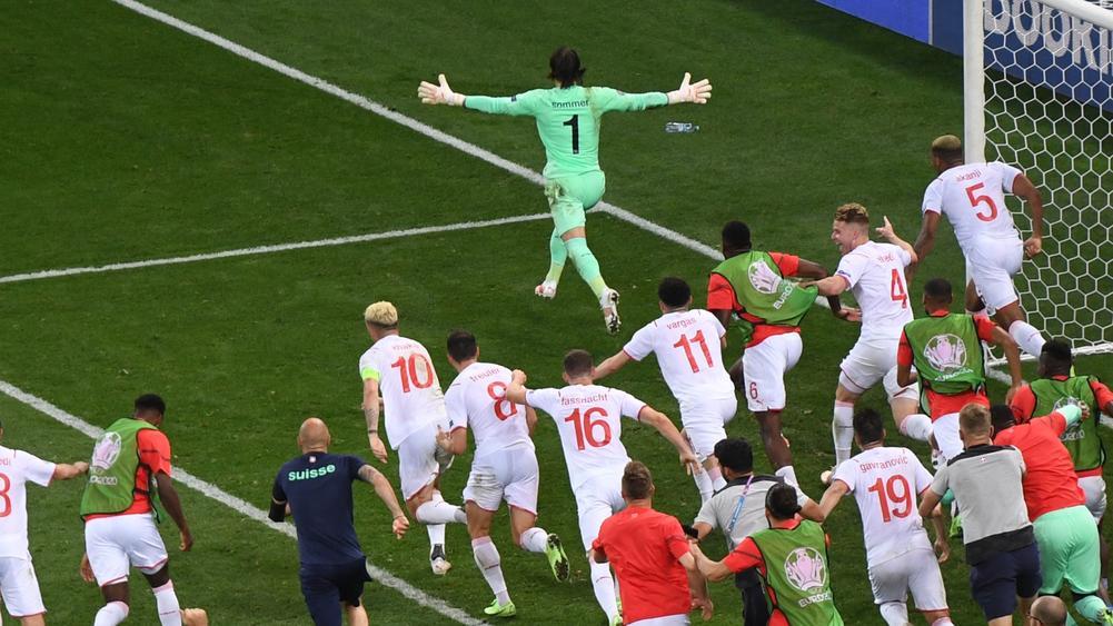 Thống kê số lần chuyền bóng của các đội bóng mùa EURO 2020