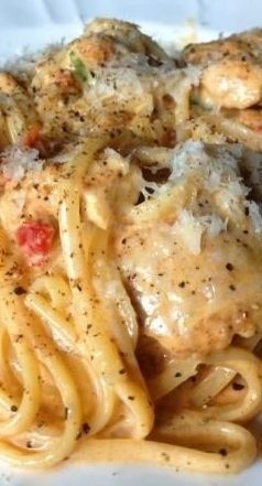 CREAMY CAJUN CHICKEN PASTA #recipes #pastarecipes #easypastarecipes #food #foodporn #healthy #yummy #instafood #foodie #delicious #dinner #breakfast #dessert #lunch #vegan #cake #eatclean #homemade #diet #healthyfood #cleaneating #foodstagram