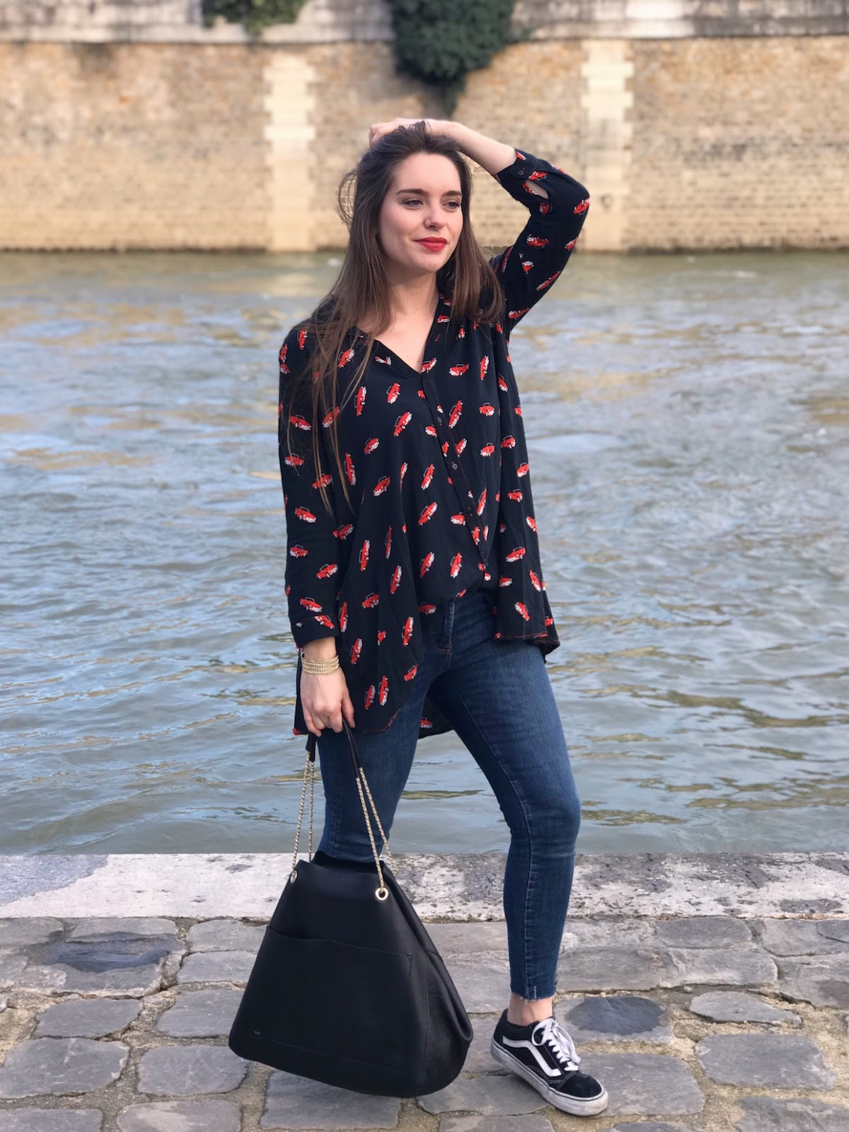 look chemise voitures rouges 9