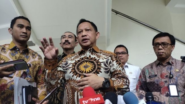 Mahfud MD Jadi Mendagri Sementara, Tito Karnavian Bertugas ke Singapura