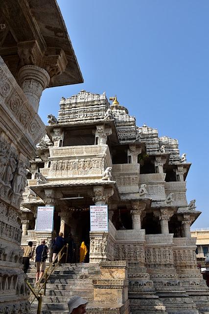 świątynia jagdisz