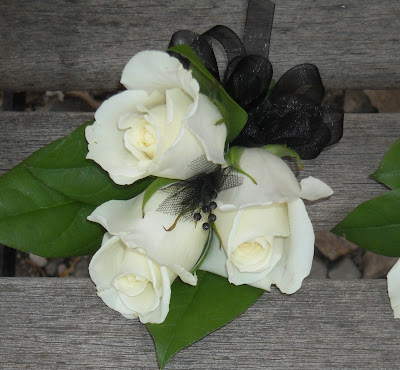 Becky S Blossoms Boutonniere S And Corsages