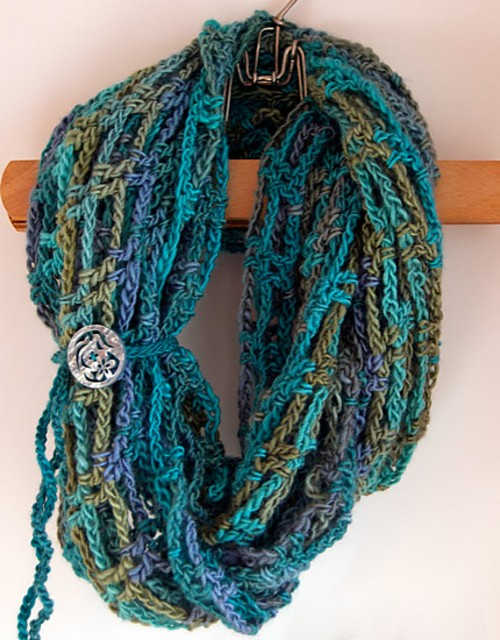 Artfully Simple Infinity Scarf - Free Pattern