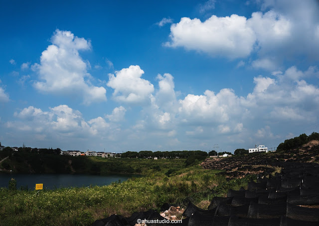 Photography: Blue Lake under the Blue Sky 4