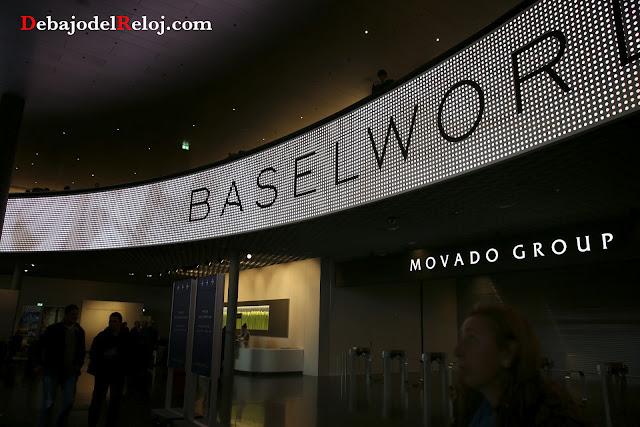 Baselworld 2016 DEBAJO DEL RELOJ cartel