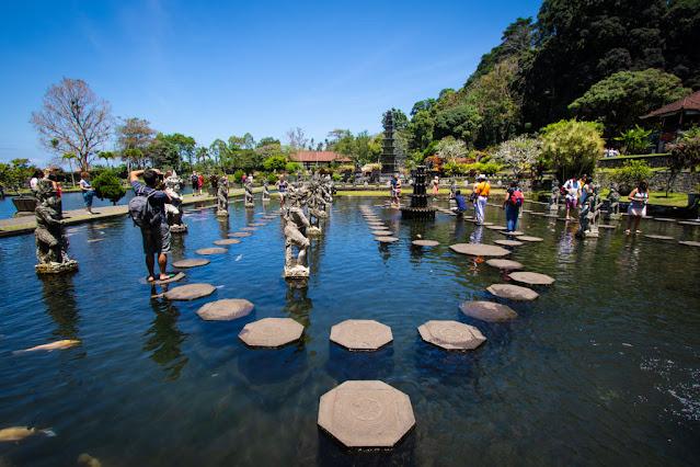 Vasca reale di Tirta Gangga-Bali