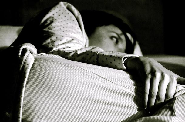 تعاني من الأرق؟ تجنب 6 عوامل للحصول على نوم عميق ومريح