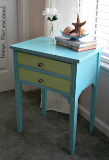 Vintage, Paint and more... thrift store tabel remake with paint and new hardware