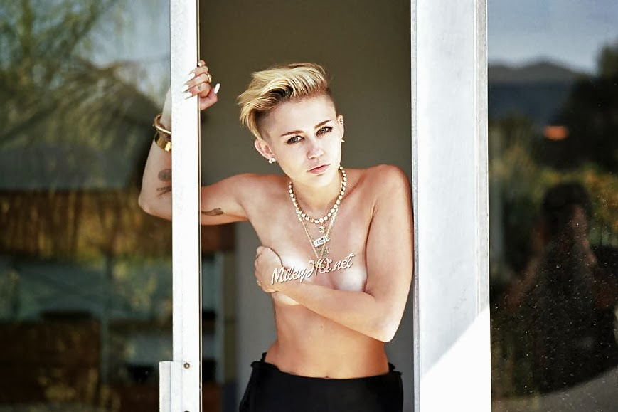 Miley Cyrus Nude Fappening Leaks Full Collection Celebrity Revealer