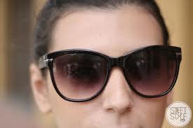 Os óculos estavam em promoção e como o JP havia quebrado o que eu mais  gostava, peguei um modelo meio quadradinho, com lente degradê, lindo paguei  69 reais. 0283d953ea
